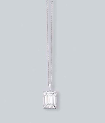 A COLOURED DIAMOND PENDANT NEC
