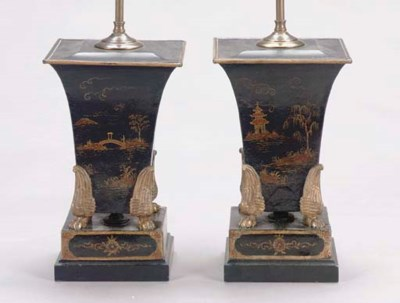 A PAIR OF BLACK AND GILT-TOLE