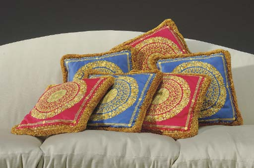 A SET OF SIX COTTON SATIN DUCH
