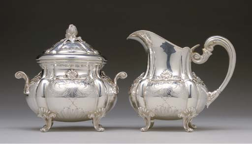 AN ITALIAN SILVER SUGAR BOWL A