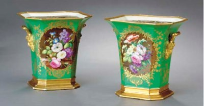 A PAIR OF PARIS PORCELAIN BOUG