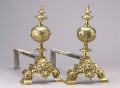 A PAIR OF BAROQUE STYLE GILT-B