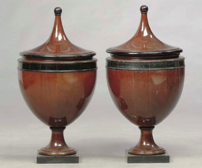 A PAIR OF GEORGIAN STYLE PARCE