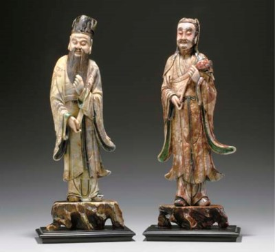 A RARE PAIR OF SOAPSTONE FIGUR