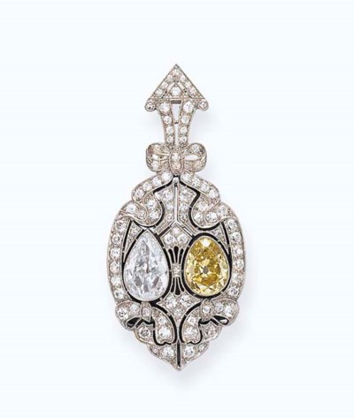A BELLE EPOQUE COLORED DIAMOND