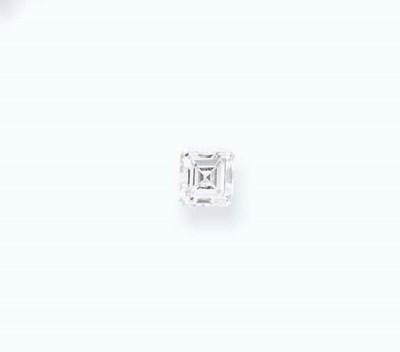 AN UNMOUNTED SQUARE-CUT DIAMON