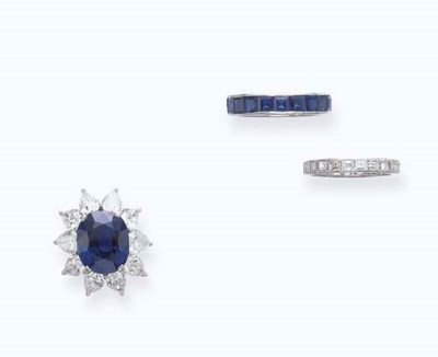 A SET OF SAPPHIRE AND DIAMOND