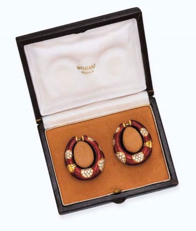 A PAIR OF ENAMEL AND DIAMOND E