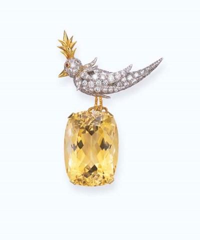 A CITRINE AND DIAMOND