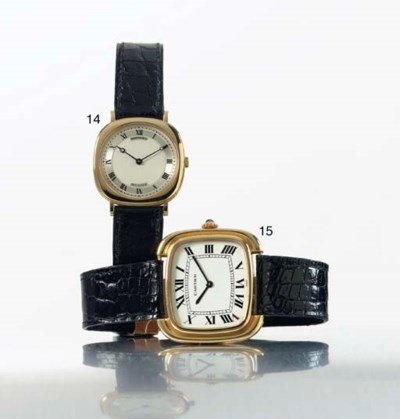 CARTIER. A LARGE 18K GOLD CUSH