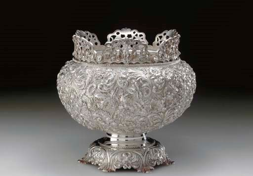 A SILVER MONTEITH BOWL