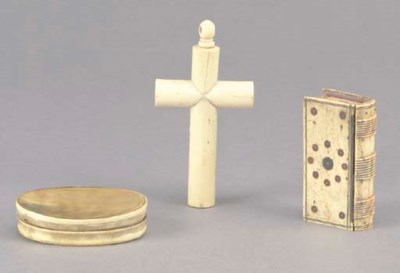 TWO CARVED HORN BOXES AND A BO