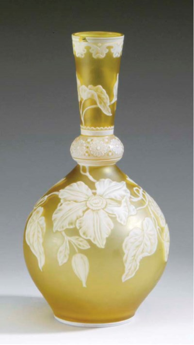 AN ENGLISH CAMEO GLASS VASE,