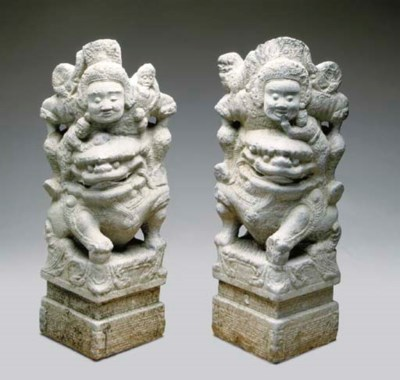 A PAIR OF SOUTHEAST ASIAN STYL
