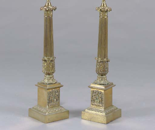 A PAIR OF NEOCLASSIC STYLE GIL