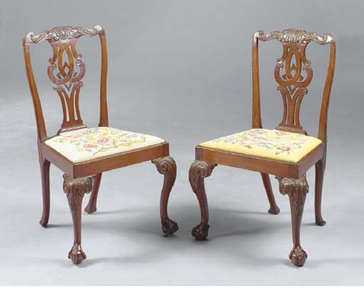A PAIR OF GEORGE II STYLE WALNUT SIDE CHAIRS,