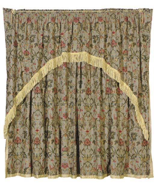 A GROUP OF EMBROIDERED CURTAIN