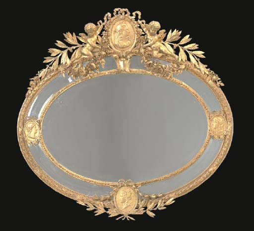 A LARGE NEOCLASSIC STYLE GILTW