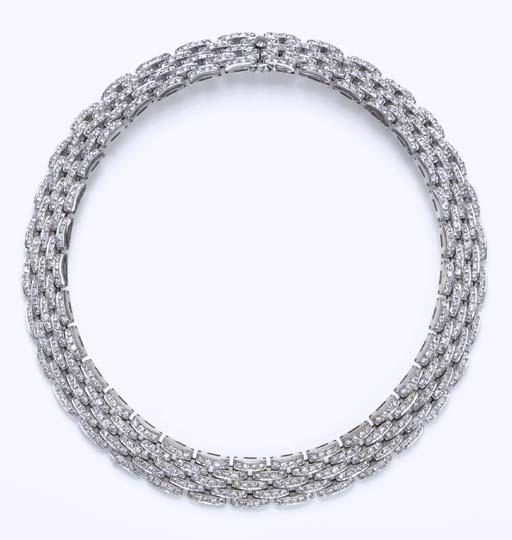 A DIAMOND NECKLACE
