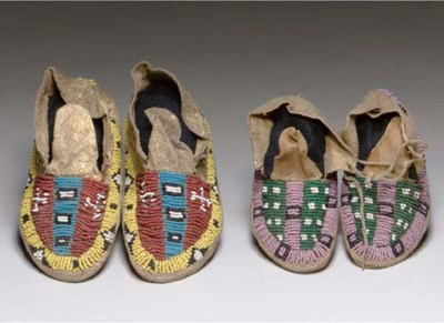 FIVE PAIRS OF SIOUX CHILD'S BE