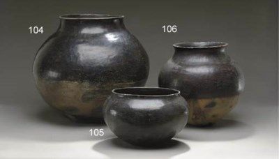 A SAN JUAN BLACKWARE JAR