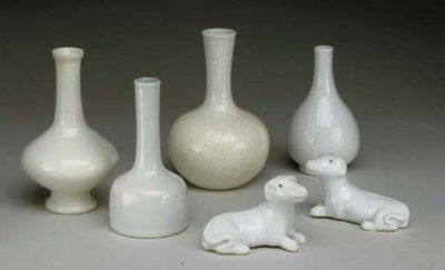 SIX CHINESE WHITE-GLAZED CERAM