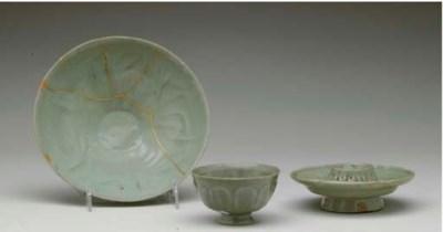 A KOREAN CELADON BOWL, CUP AND