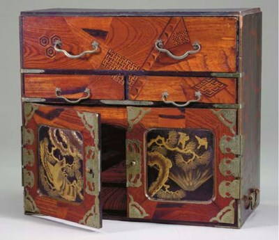 A JAPANESE MARQUETRY AND LACQU