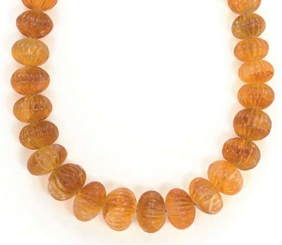 A CITRINE AND 18K GOLD NECKLAC