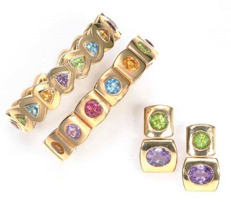 A SET OF MULTI-GEM AND GOLD JE