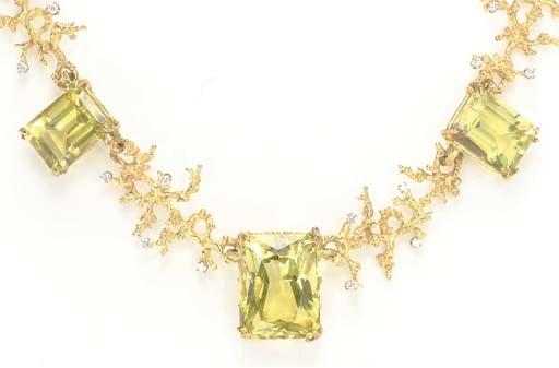 A QUARTZ, DIAMOND AND 18K GOLD