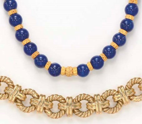 A GROUP OF LAPIS LAZULI AND 18
