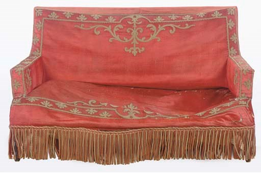 AN ELIZABETHAN STYLE RED VELVE