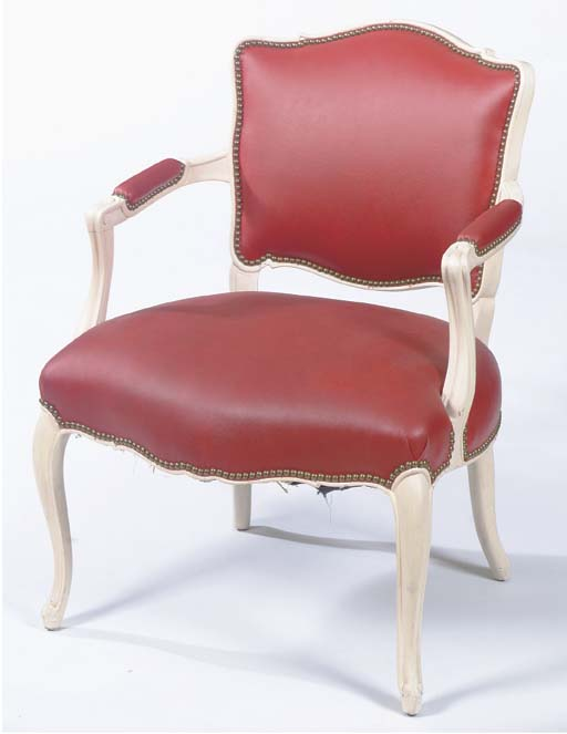 A LOUIS XV-STYLE WHITE-PAINTED