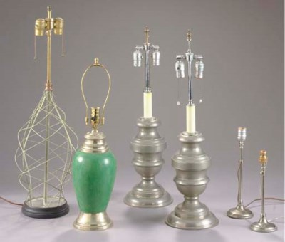 A GROUP OF SIX TABLE LAMPS,