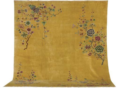 A CHINESE ART DECO CARPET,
