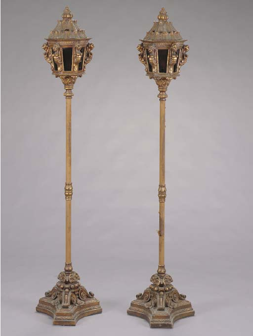 A PAIR OF VENETIAN BAROQUE STY
