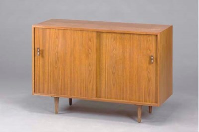 A WALNUT SIDE CABINET,
