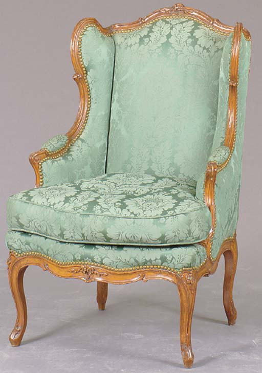 A LOUIS XV CARVED BEECHWOOD BE
