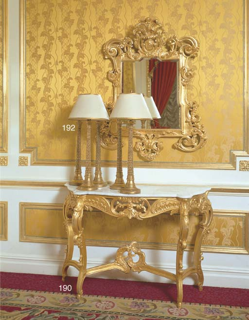 A PAIR OF LOUIS XV STYLE GILTW
