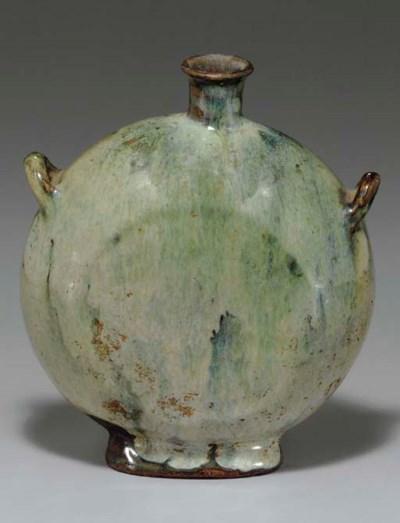 A Kainei-type Glazed Pottery F
