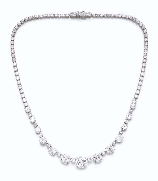 A DIAMOND NECKLACE, BY DAVID W