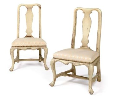 A PAIR OF FRENCH IVORY-PAINTED