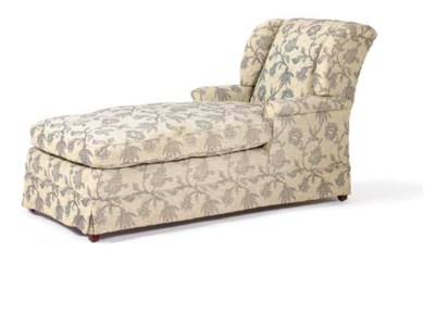 AN UPHOLSTERED RECLINING CHAIS
