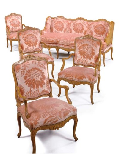 A SUITE OF EARLY LOUIS XV BEEC