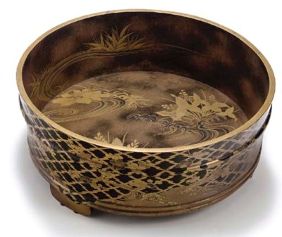 A JAPANESE BLACK AND GOLD LACQ