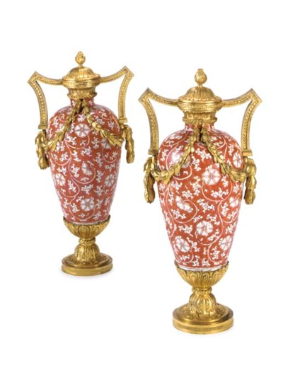 A PAIR OF LATE LOUIS XV ORMOLU