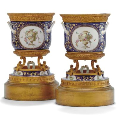 A PAIR OF SEVRES STYLE COBALT-