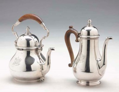 AN AMERICAN SILVER KETTLE AND