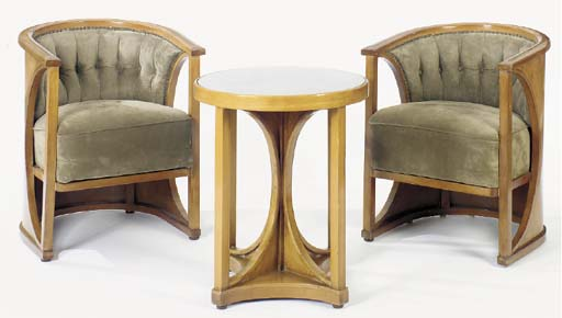 AN AUSTRIAN ART DECO FRUITWOOD SALON SUITE,